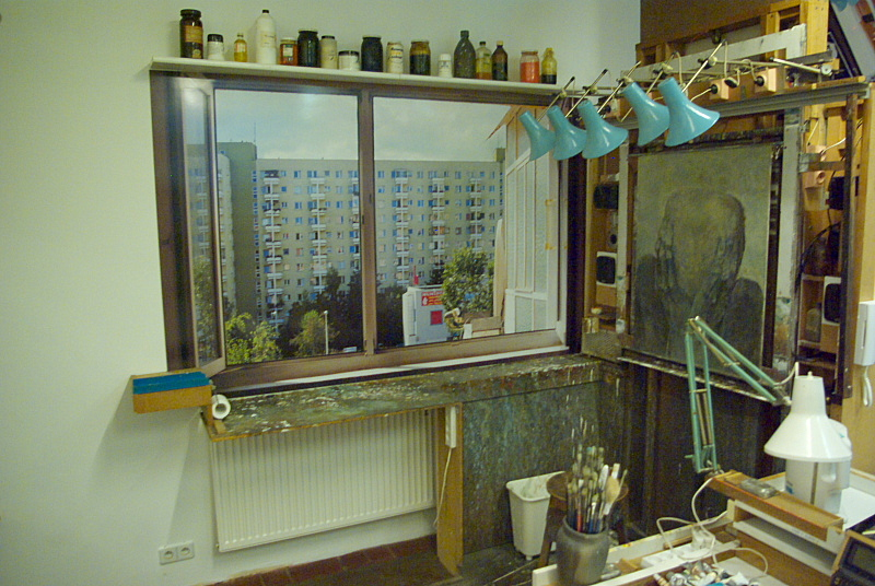 Beksiński_Gallery_Sanok_workplace